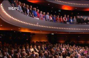 Swing Close op het balkon tijdens het Koningsdagconcert